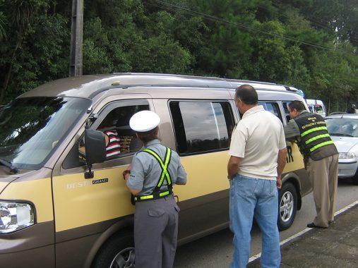 Guardas municipais e agentes de trânsito poderão ter aposentadoria especial
